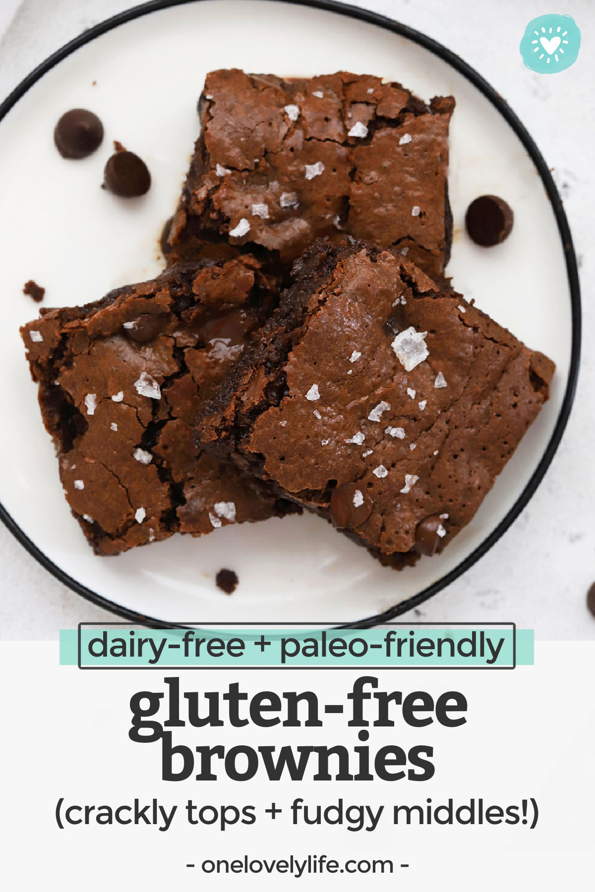 The PERFECT Gluten-Free Brownies - These almond flour brownies are everything I'm looking for--fudgy and rich, chocolatey and delicious, all without gluten, grains, or dairy! // Paleo brownies // Gluten-Free brownies // Healthy Brownies #glutenfree #paleo #brownies #almondflour